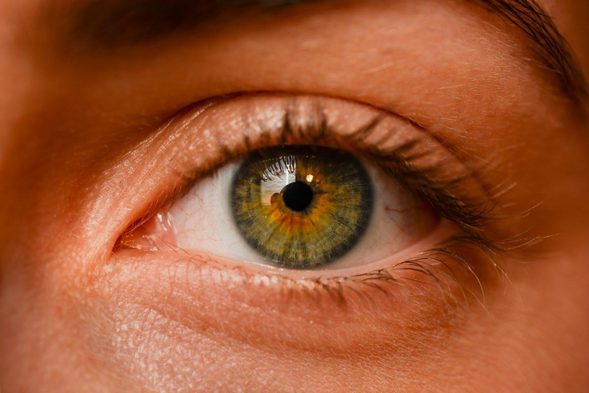 eye-2681783_1280-1200x800.jpg